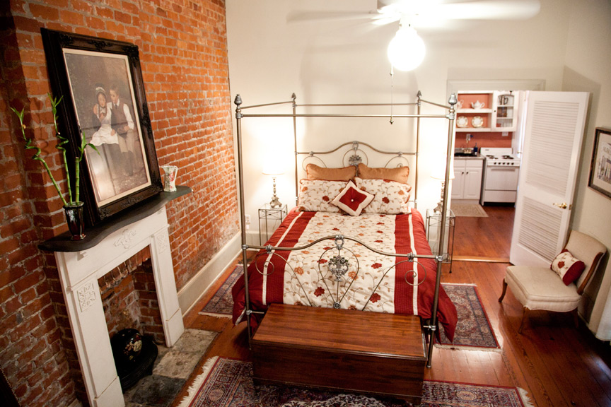Armstrong Suite Bedroom In New Orleans