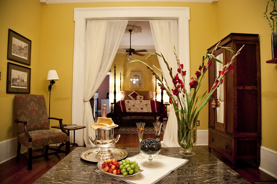 Large Private Suite In New Orleans