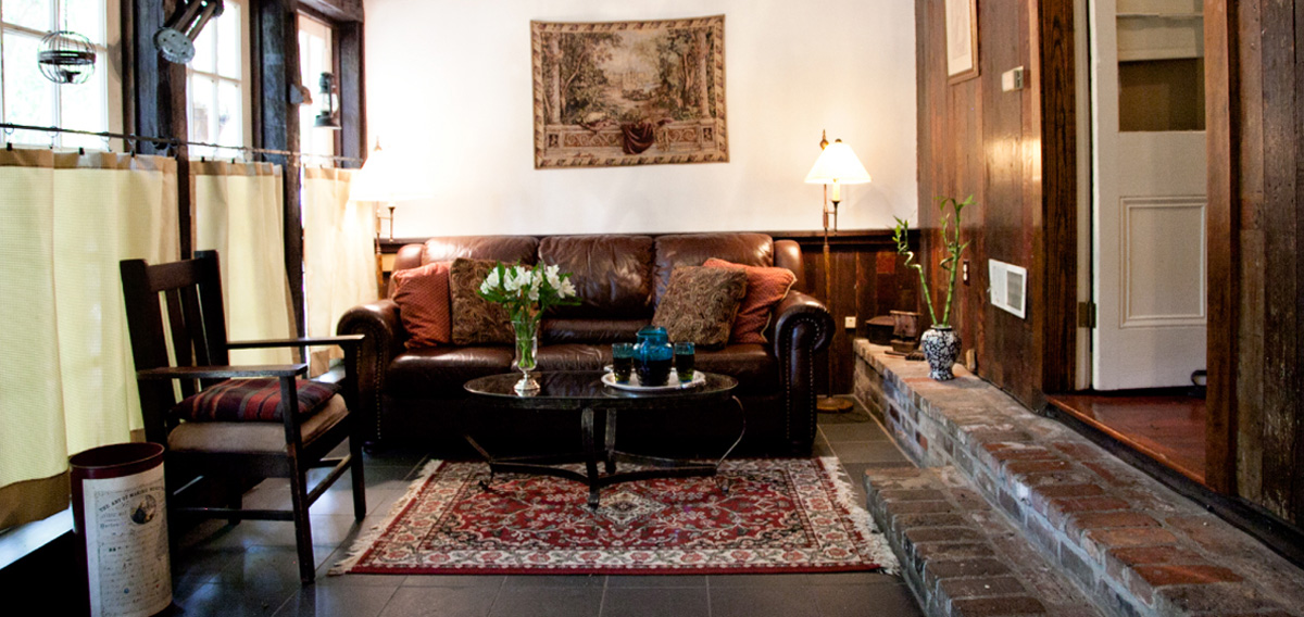New Orleans Hotel Rooms And Suites Header